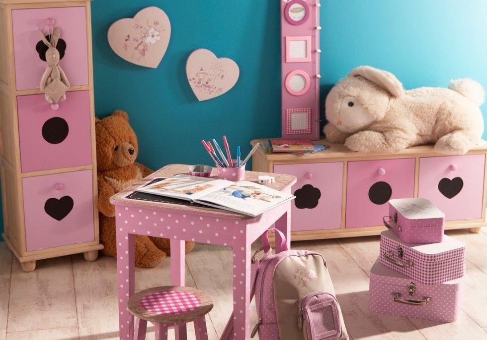 Mur turquoise et meubles roses Decoration chambre Jade Pinterest