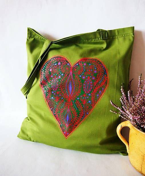DARTASKA / nákupka olivová so zeleno-červenou kresbou