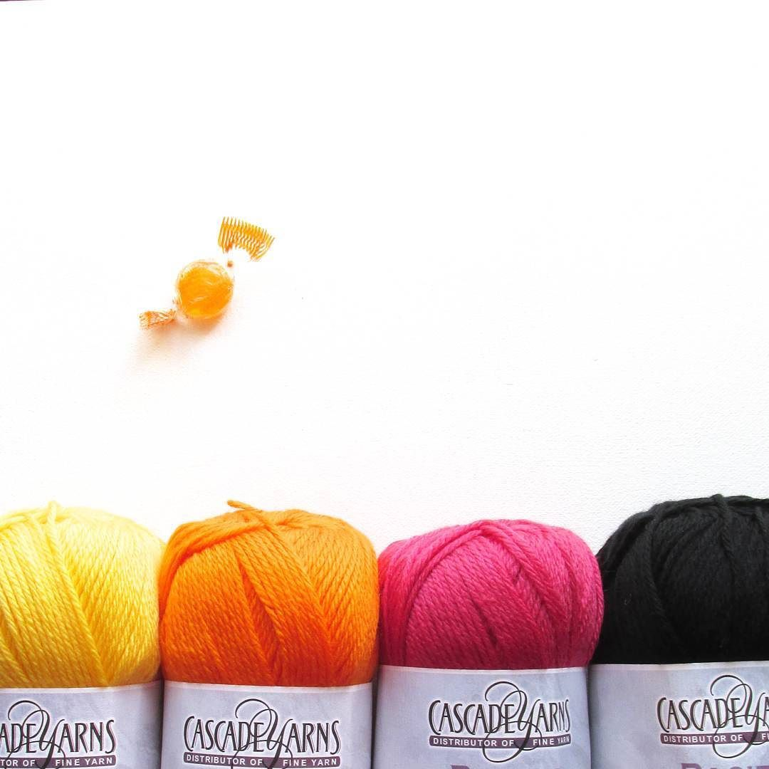 When @loveknittingcom send you a co-ordinating sweet with your to-die-for yarn order  . #crochet #crochetaddict #ilovecrochet #instacrochet #moderncrochet #crochetinspiration #yarn #yarnporn #yarnlove #handmade #knitting #knittinglove #simple #minimal #minimalist #craft #handmadecurator #craftastherapy #makeitsewcial #craftastherapy_ombre #cylcollective #crochetgirlgang by steelandstitch