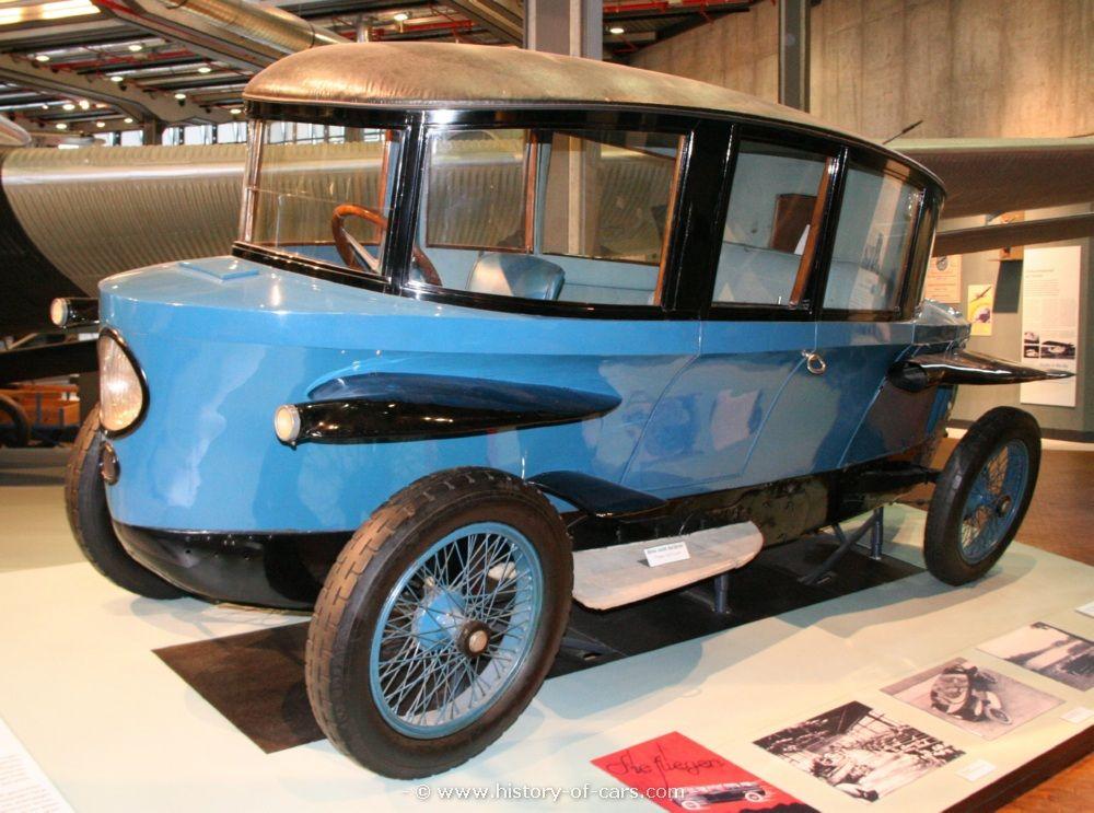 The Rumpler Tropfenwagen http://www.history-of-cars.com/images ...