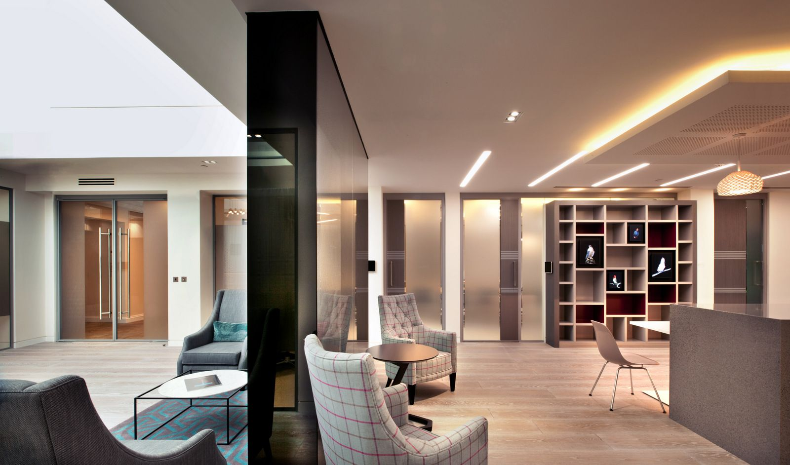 Private investment bank office design 3