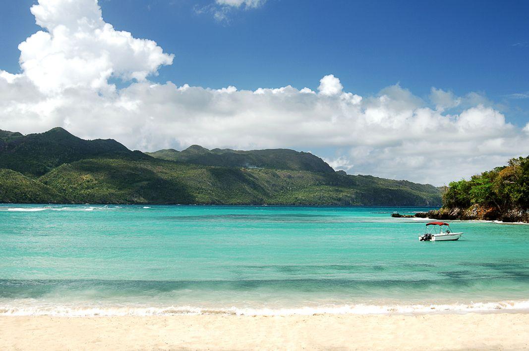 Playa rincon dominican beaches for Dominican republic vacation ideas