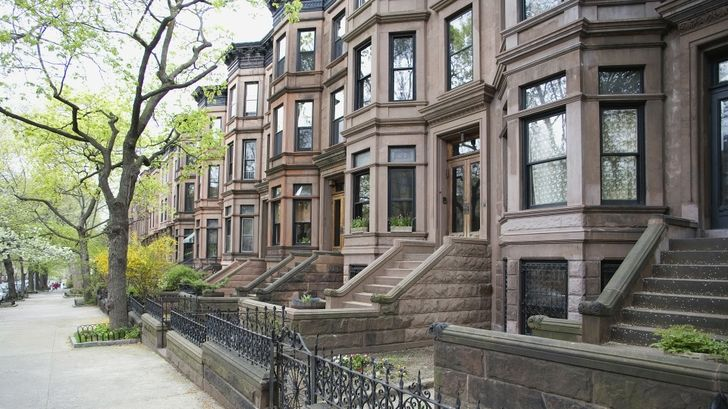 New york city houses houses new york city brooklyn for New york city brownstone for sale