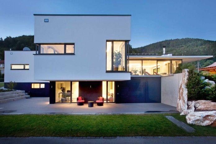 Das Haus Im Asian Style Als Ruhepol: Offenes Wohnen, Fließende Übergänge  Zwischen Innen Und
