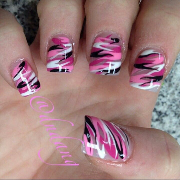 Beautiful camo nail art - keep it pink or switch to a more neutral color  base! - Pin By Johneen Antonozzi-Cramer On Cool Pinterest Fingernail