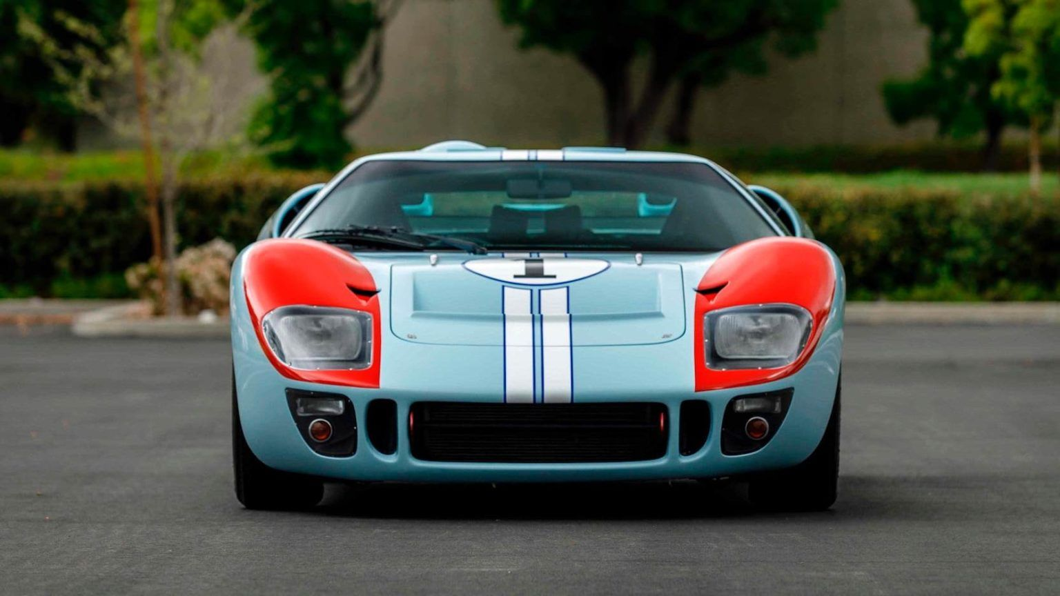 For Sale The Ken Miles Car From Ford V Ferrari A Superformance Ford Gt40 2020 フォードgt40 車