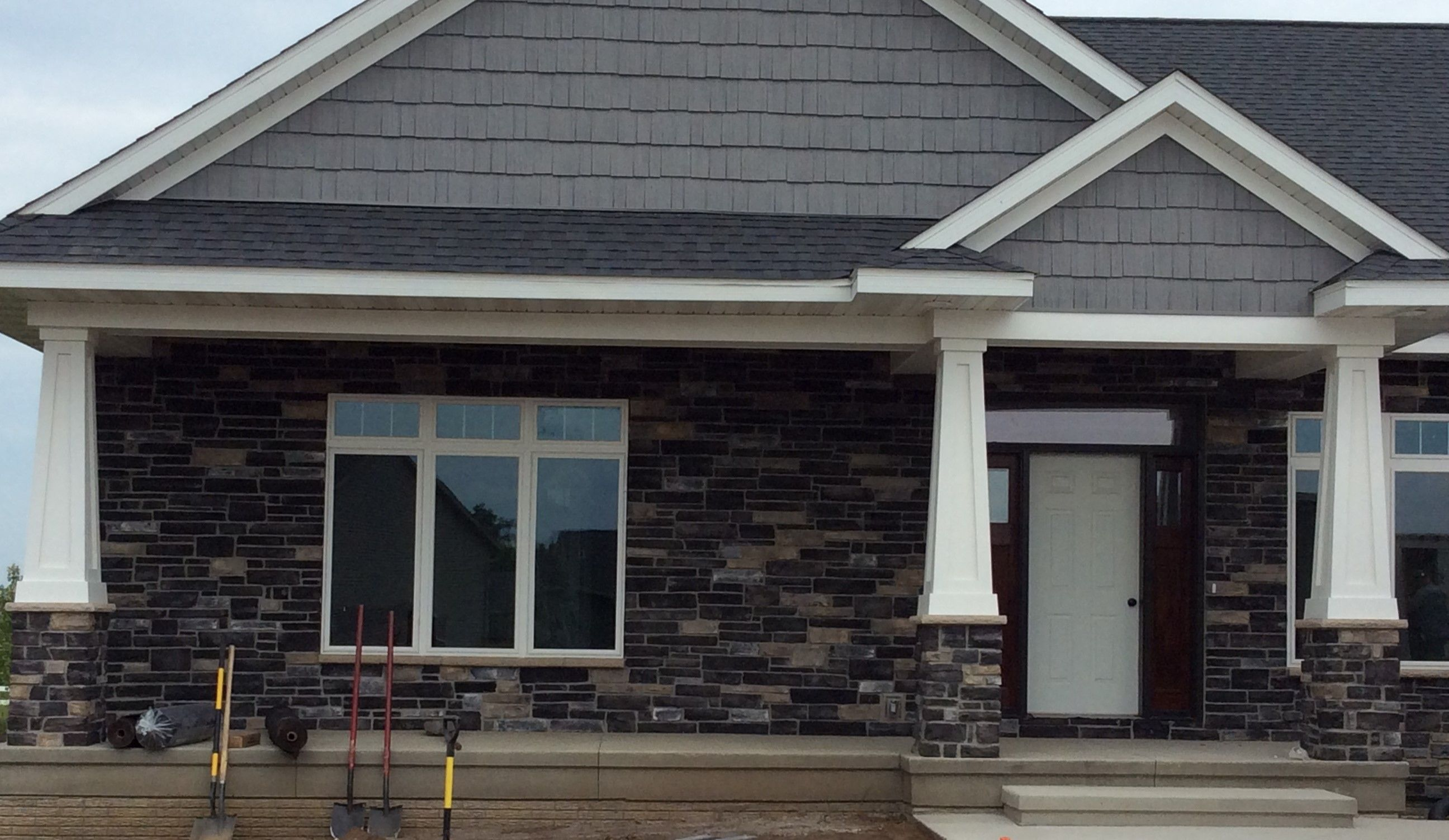 Boral black rundle country ledgestone country ledgestone for Exterior ledgestone