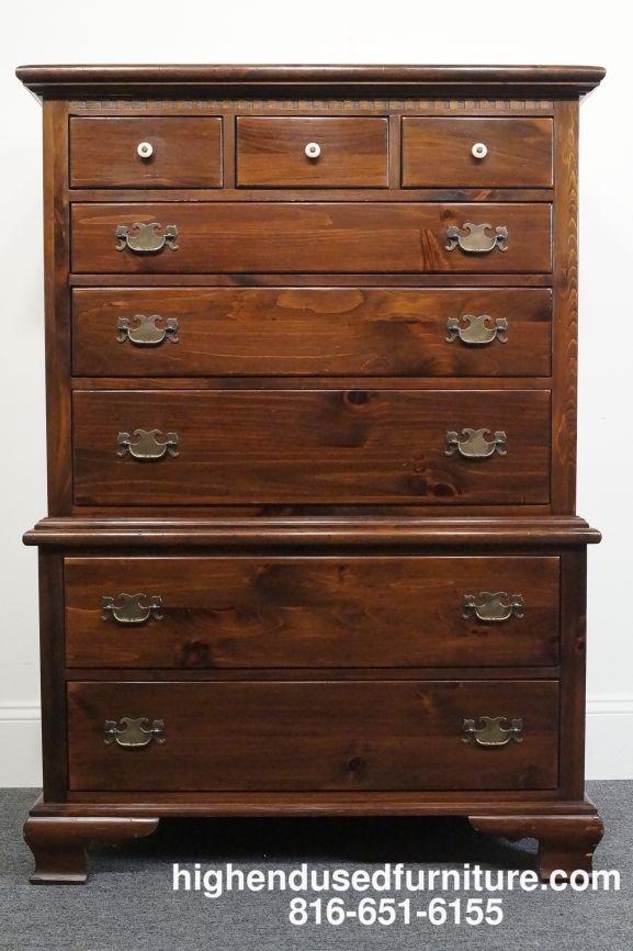 Best Ethan Allen Antiqued Pine Old Tavern 38 Eight Drawer 400 x 300