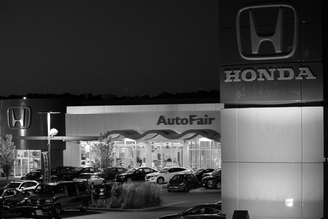 Convenient Location: Brand New State Of The Art Dealership Located Directly  Off Exit 5, Route 3 In Home Dept Plaza, Across From The Shops At Five.