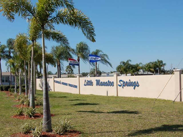 55 Community In Florida Little Manatee Springs Providence By Hometown America Senior Communities Senior Living Activities Community