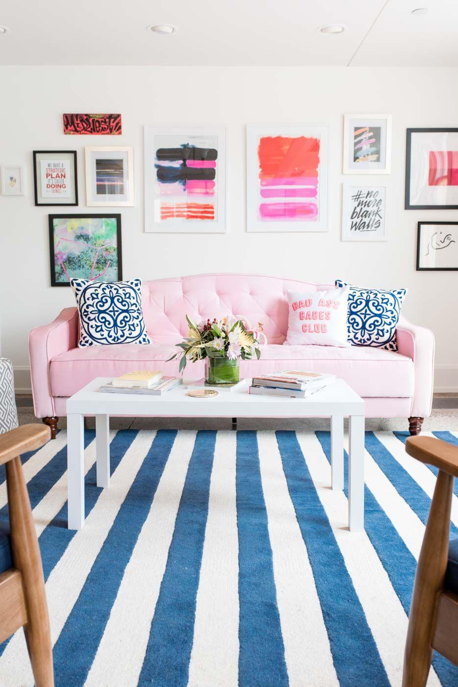 Wohnzimmer mit gestreiften Teppich | ❤ /// Wohnzimmer Ideen ...