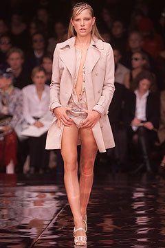Stella McCartney Spring 2002 Ready-to-Wear Fashion Show - Natasa Vojnovic, Stella McCartney