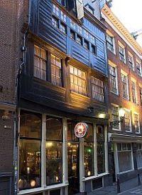 Houten Huis In Den Aepjen Amsterdam Houten Huizen Huizen Amsterdam