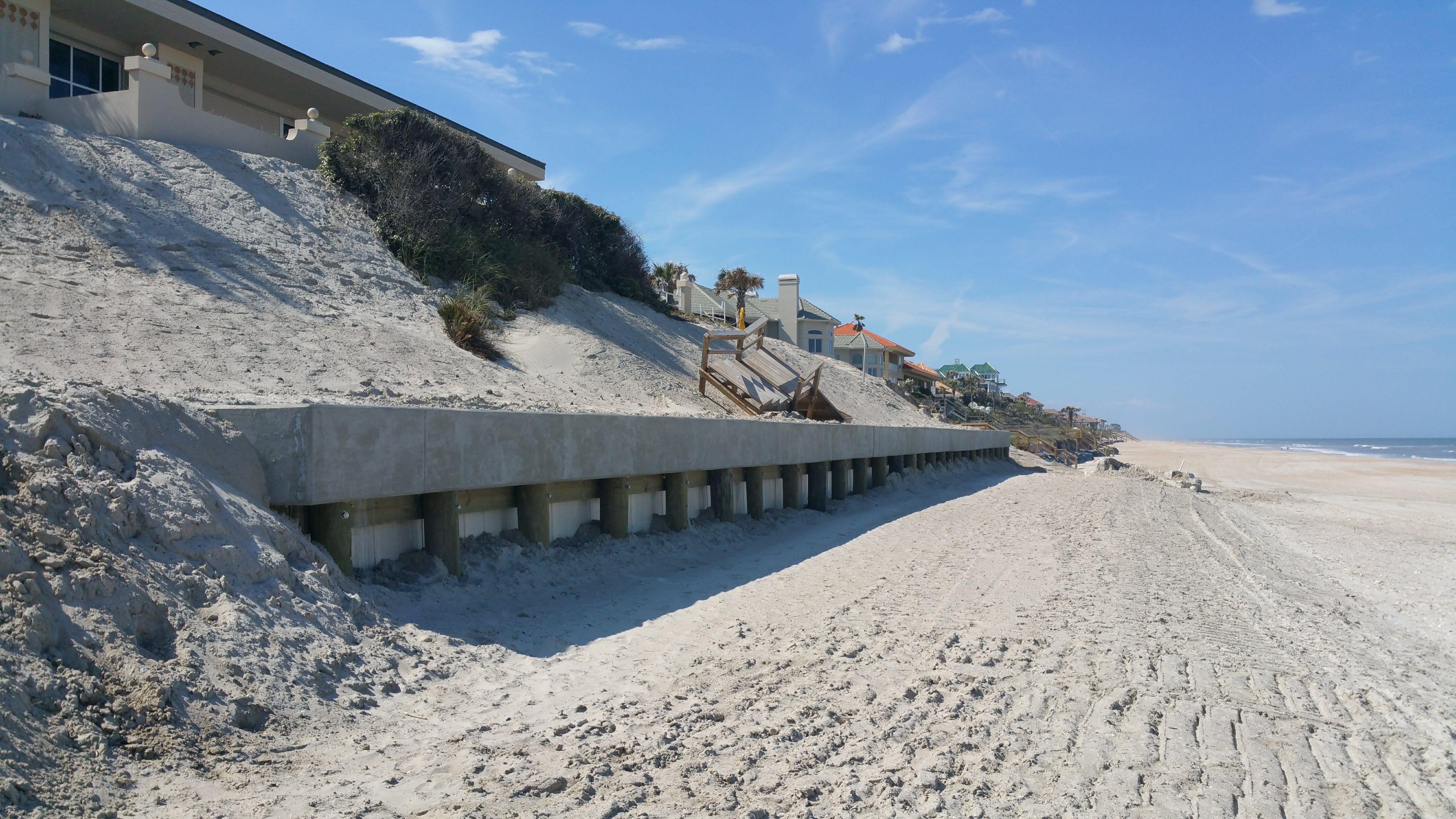 Truline Retaining Wall For Beach Erosion In Jacksonville Florida Retaining Wall Landscape Beach