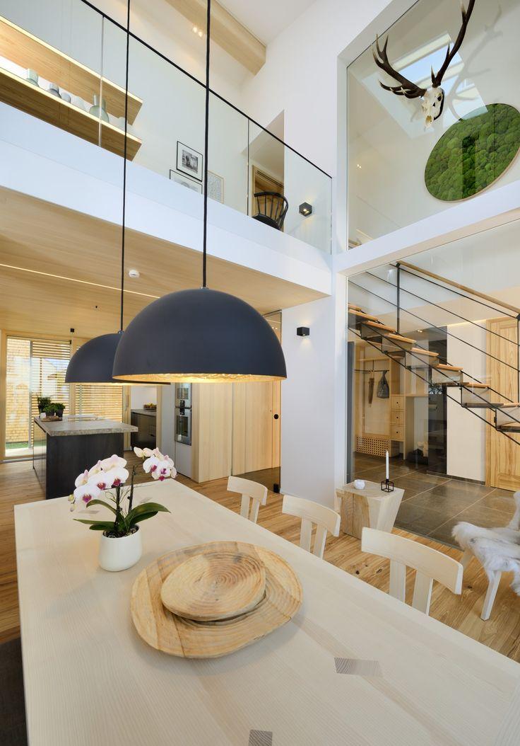 Die Lichtgalerie Ber Dem Esszimmer Ist Das Schlsselelement Im Wohn Und Essbereich Des Bau