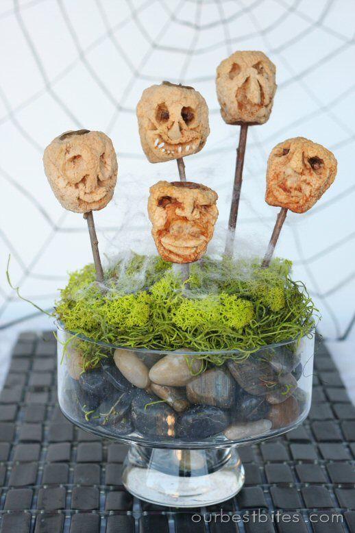 Best Simple  Scary DIY Outdoor Halloween Decorations Apple head