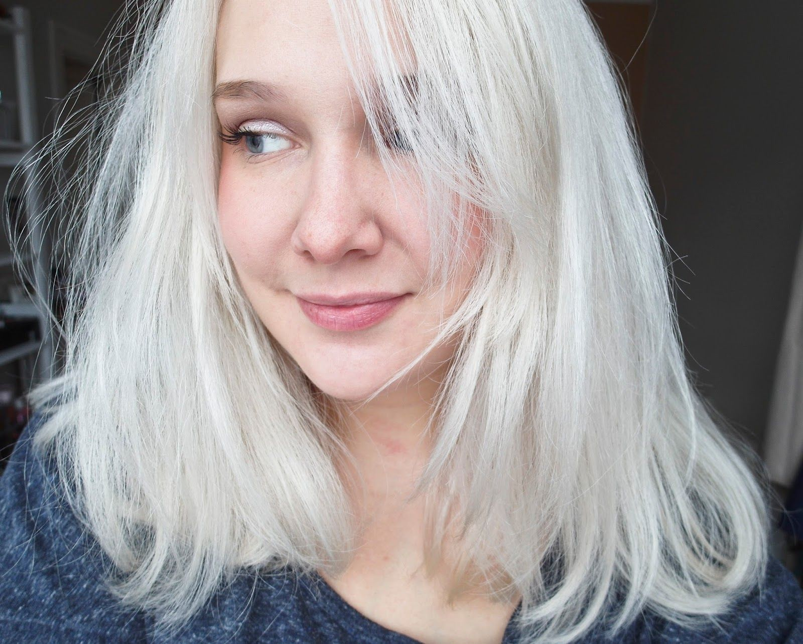 Le blond presque blanc mes conseils pour une d coloration la maison les folies de cecy - Cheveux blond blanc ...