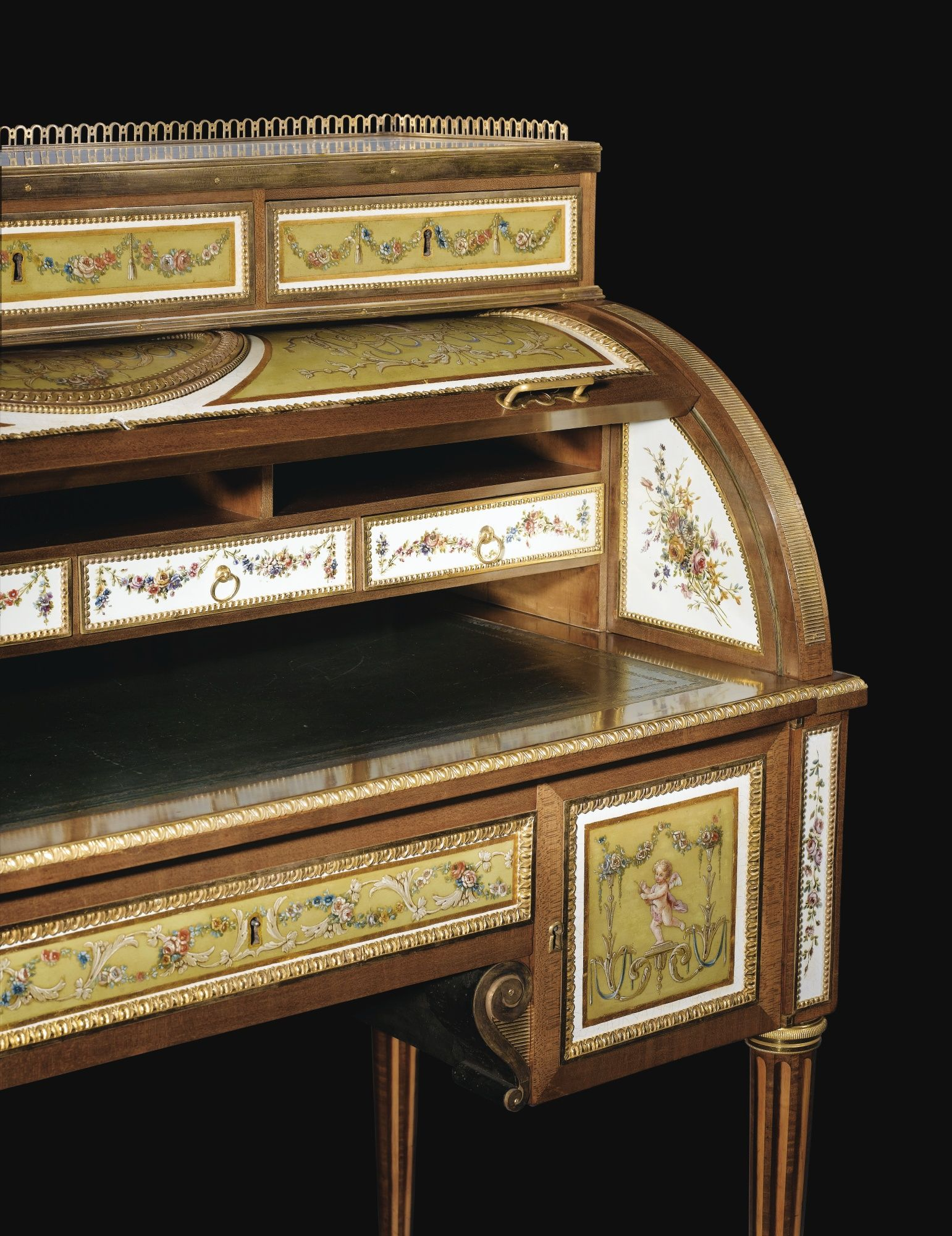 A Gilt Bronze Mounted Sycamore Painted Metal And Roll Top Desk Louis Xvi Attributed To Claude Charles Saunier Tole Peinte Mobilier De Salon Louis Xvi