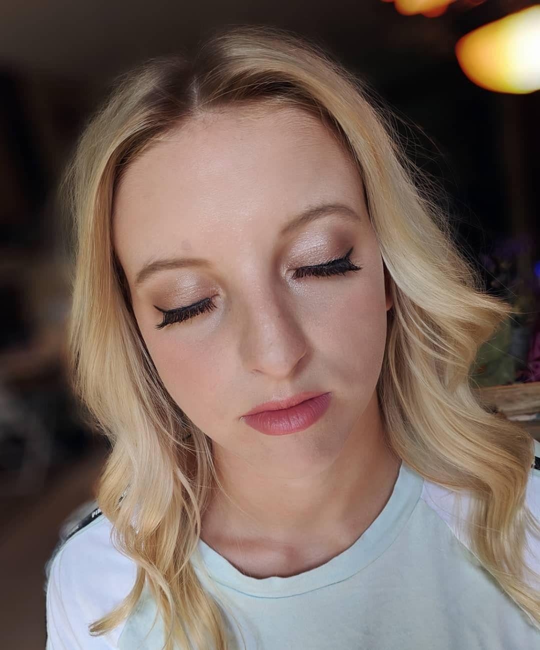 Natural makeup ideas. Senior picture makeup. Senior