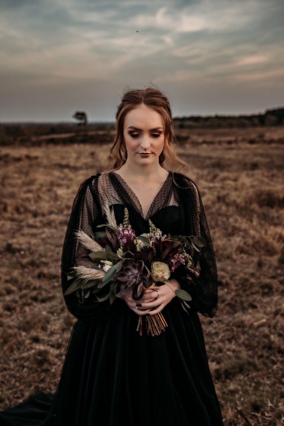 Gothic Wedding Flowers Black Wedding Dress Elope Wedding Alternative Wedding Inspiration Gothic Wedding [ 1470 x 979 Pixel ]