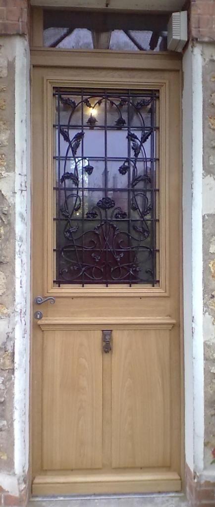 copie porte d entr e ancienne avec grilles door. Black Bedroom Furniture Sets. Home Design Ideas