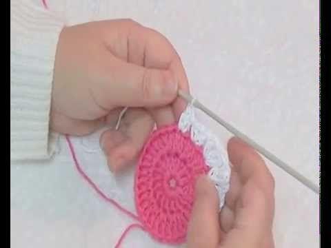 apprendre faire un granny square genre patchwork au crochet le crochet pour d butant avec un. Black Bedroom Furniture Sets. Home Design Ideas