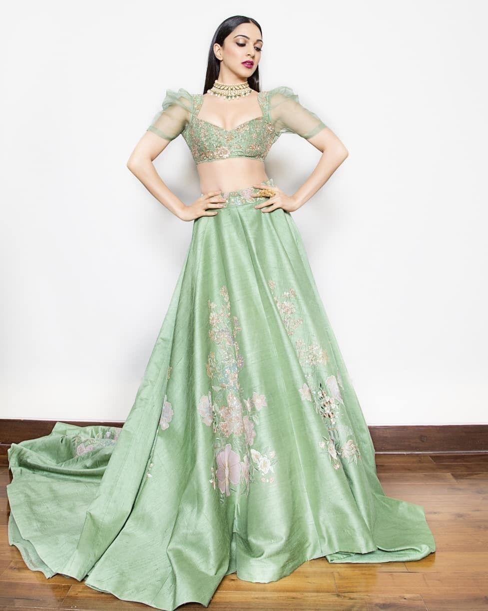 Yay 👍 or Nay 👎? Kiara Advani for India Couture Week ❤❤❤ . | Indian fashion dresses, Unique dresses, Pakistani bridal dresses
