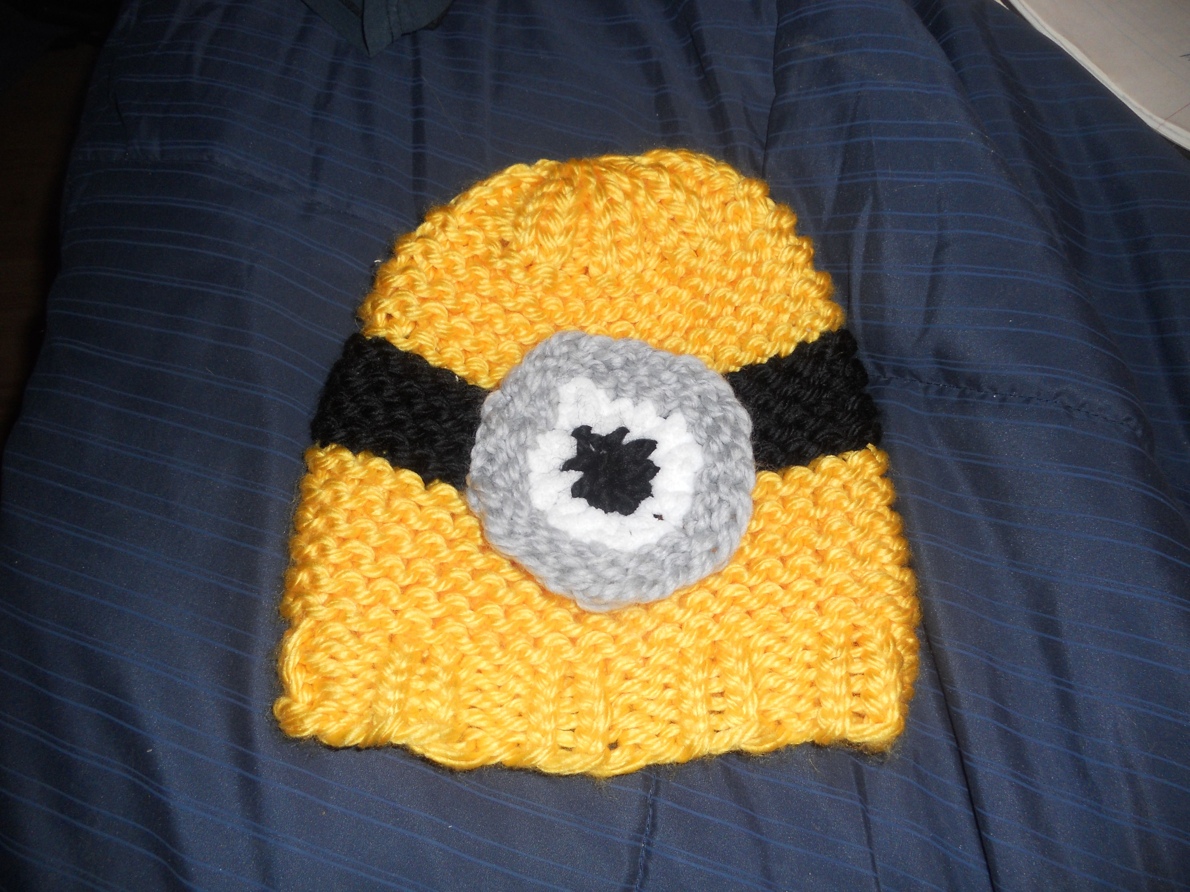 Loom knitted minion hat made by me knitting frenzy loom knitted minion hat made by me bankloansurffo Choice Image