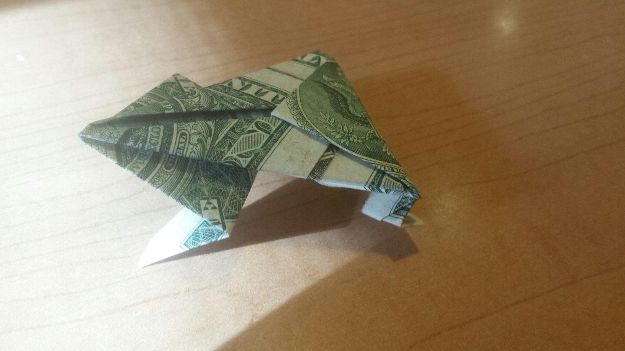 Frog (it jumps!) | dollar bill origami by Katrina ... - photo#16