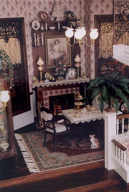 Brooke Tucker 3 Day Soft Victorian Setting Dollhouse Dining Room Victorian Dollhouse Doll House