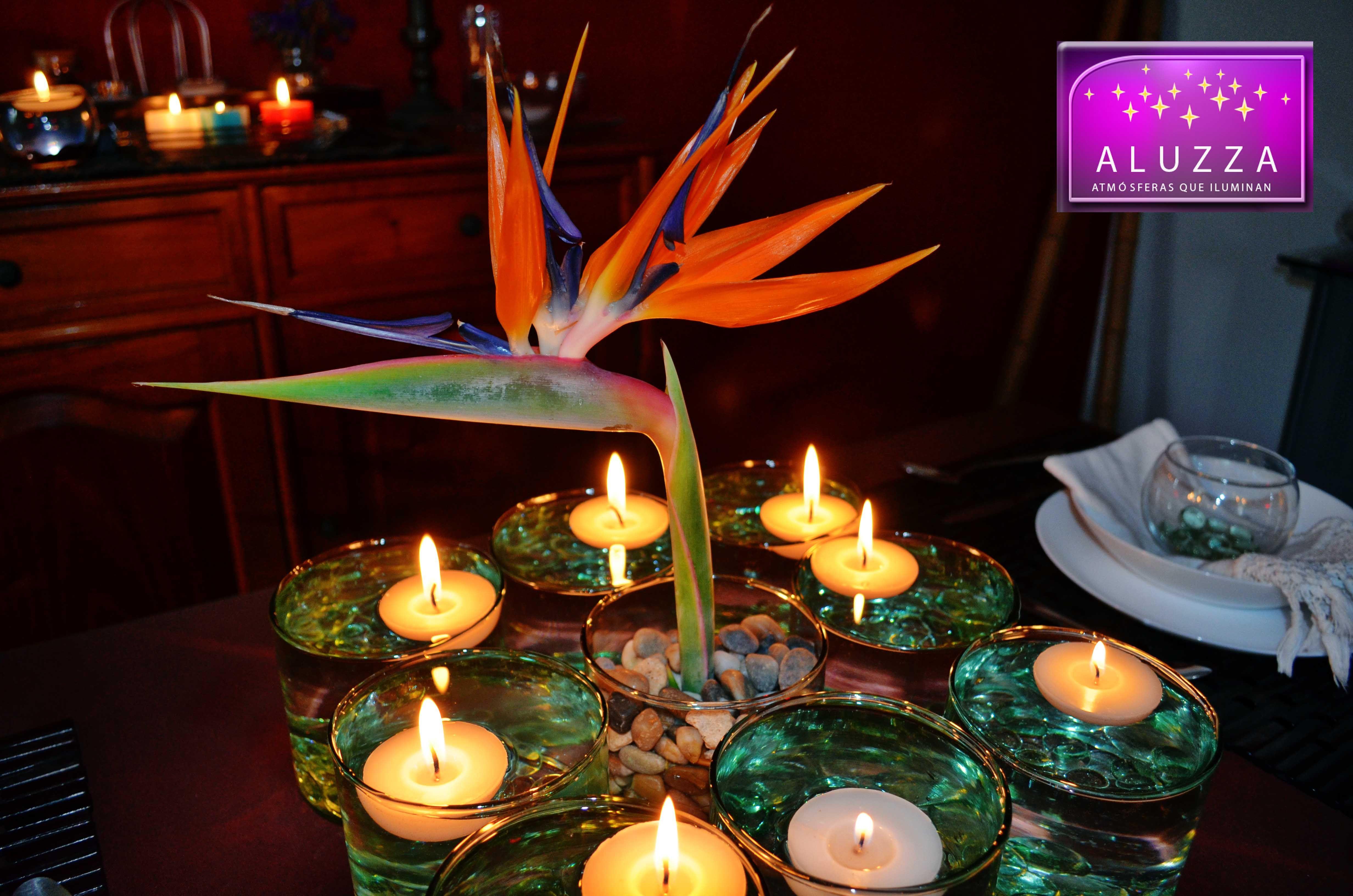 Centro de mesa con gemas y velas flotantes aluzza - Centros de mesa con velas ...