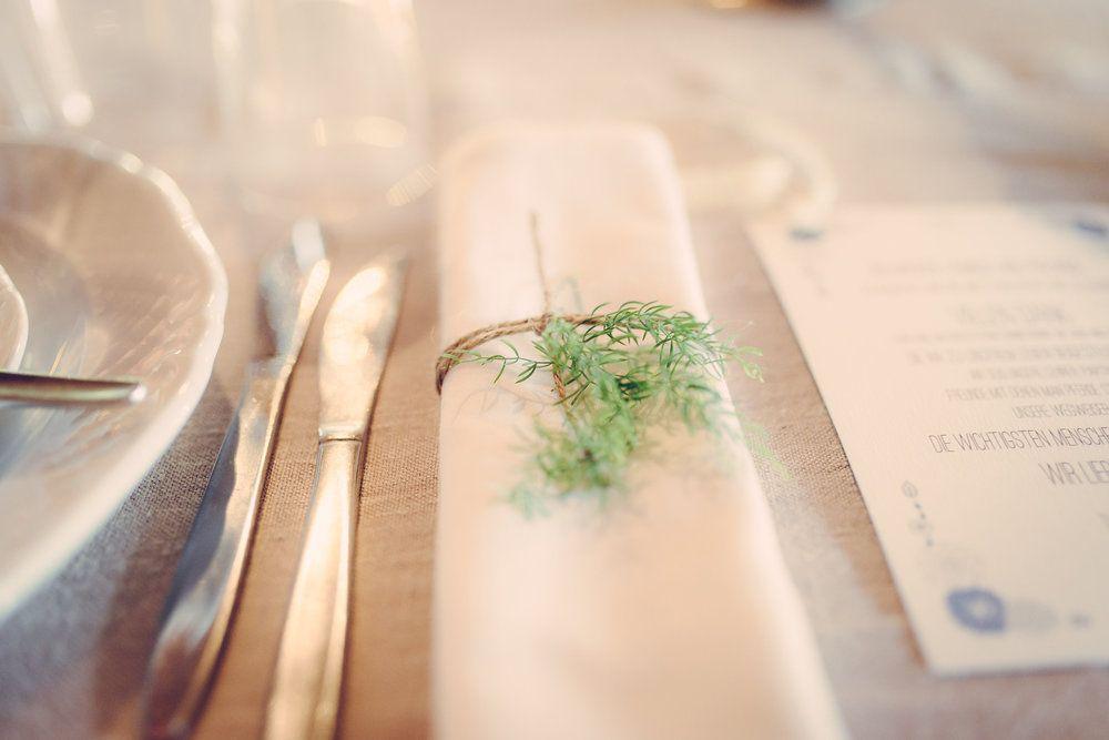 natural greenery table setting - ONEWHITELOVE - Love Reports - Antje & Thiago - Boho love fest More pictures of this wedding on onewhitelove.com Pictures by Matthias Friel Photography (www.matthiasfriel.de)