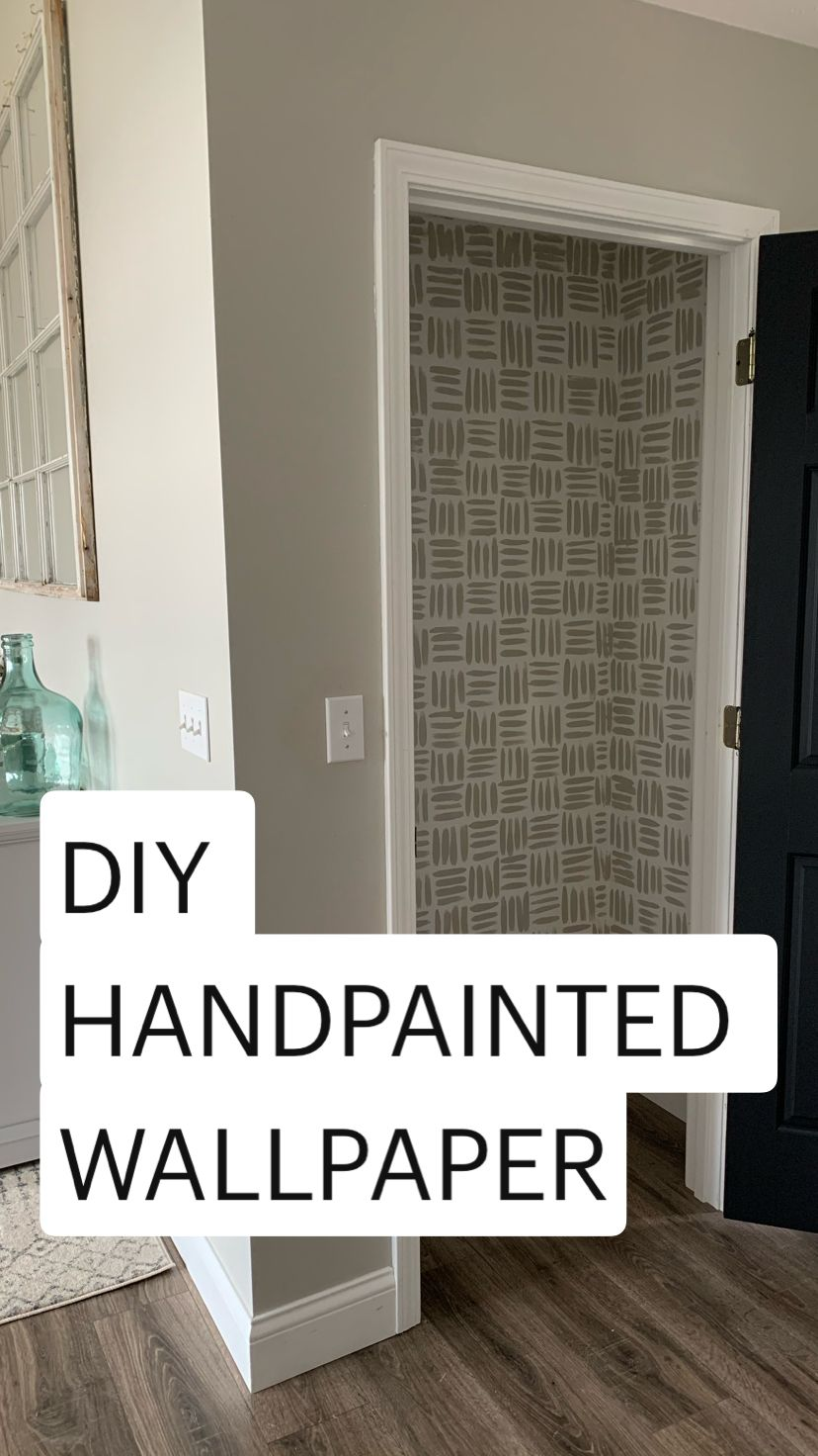 Photo of DIY HANDPAINTED WALLPAPER