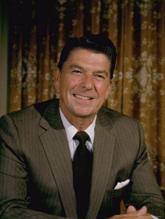Portrait California Governor Ronald Reagan | Ronald reagan, Nancy ...