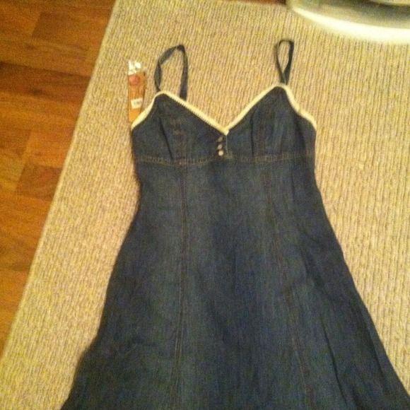 Ralph Lauren Dresses & Skirts - New Ralph Lauren Denim dress