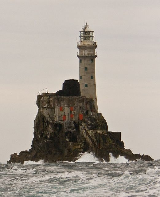 Houses In Ireland, Lighthouse
