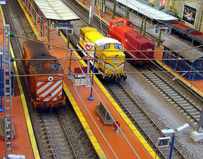 Ferrocarriles portugueses. Locomotora 1400. Escala H0.