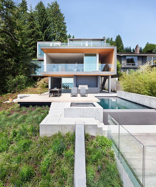 Modern pad in West Vancouver with dramatic cantilevers