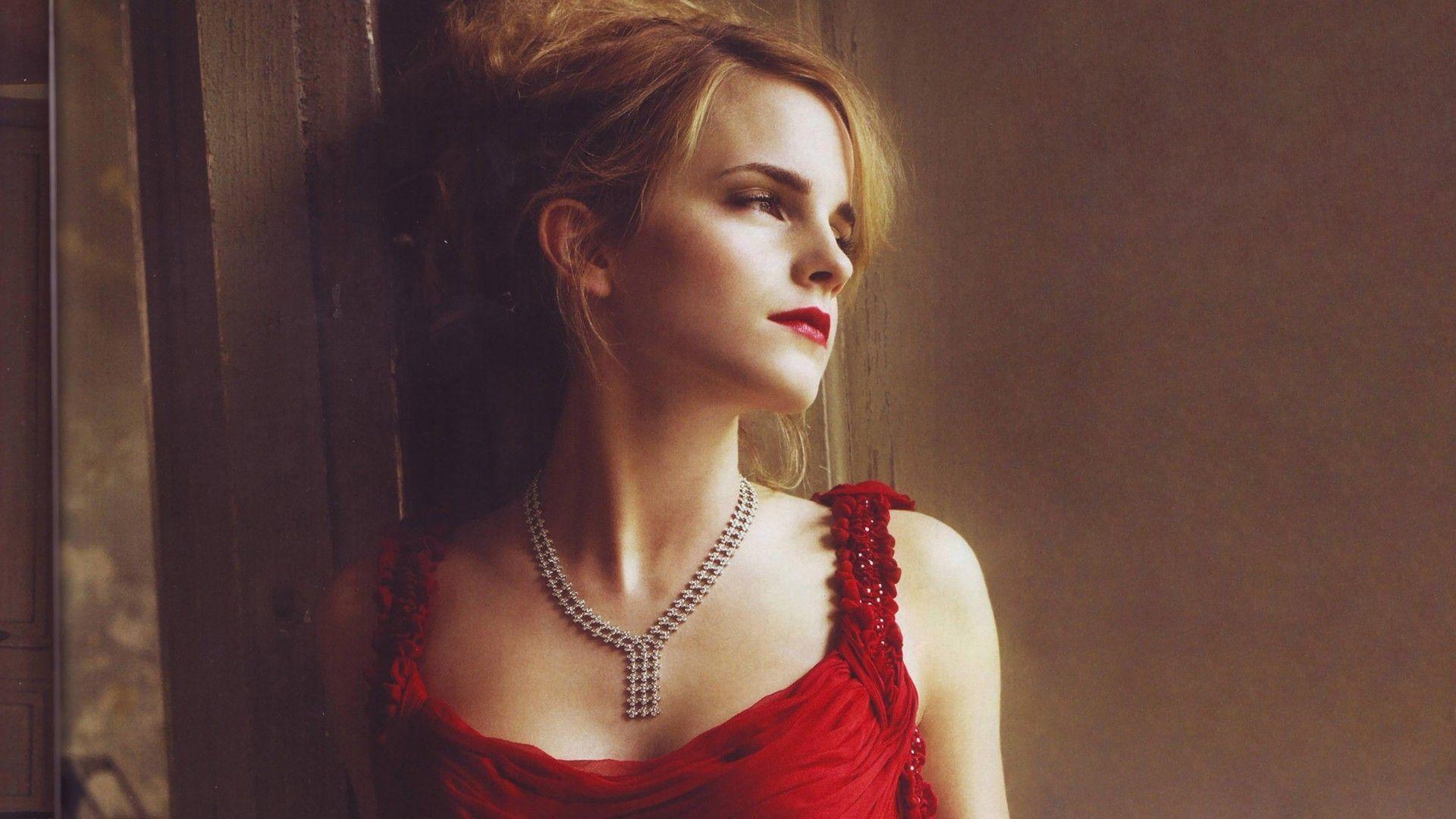 Emma Watson HD wallpaper for download