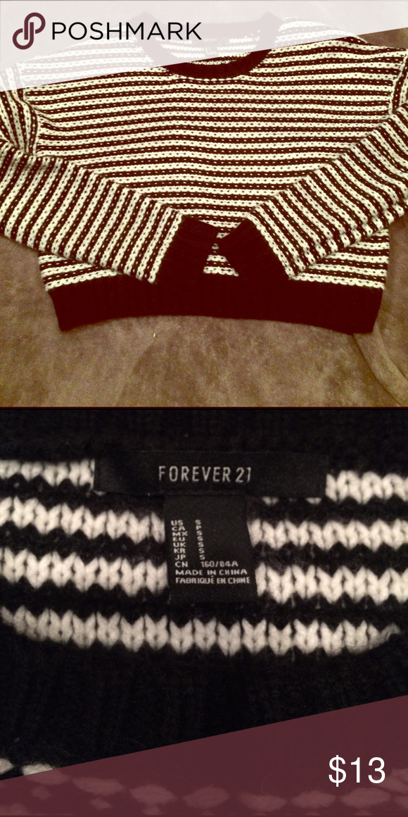 Small striped cropped sweater small f21 Slightly used,'excellent condition Forever 21 Sweaters Crew & Scoop Necks