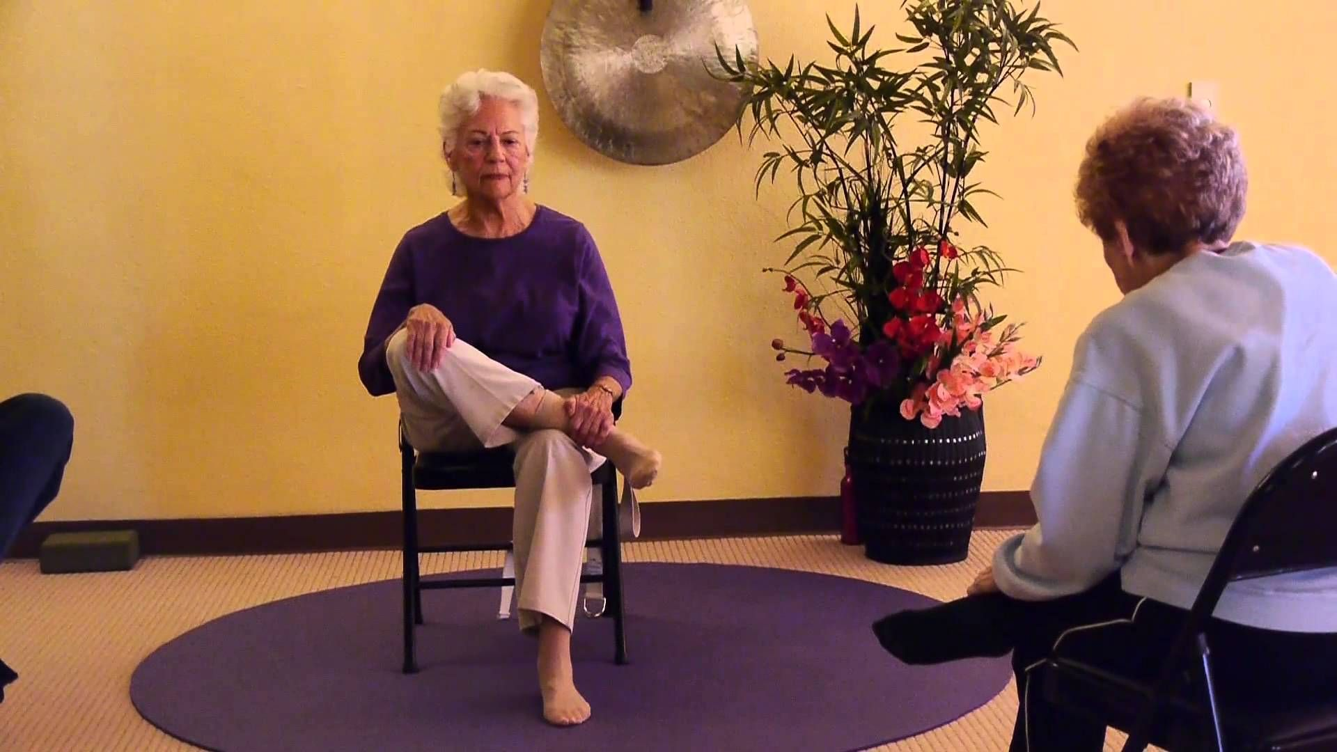 Seniors Keep their Hip Joints Flexible and Strong with