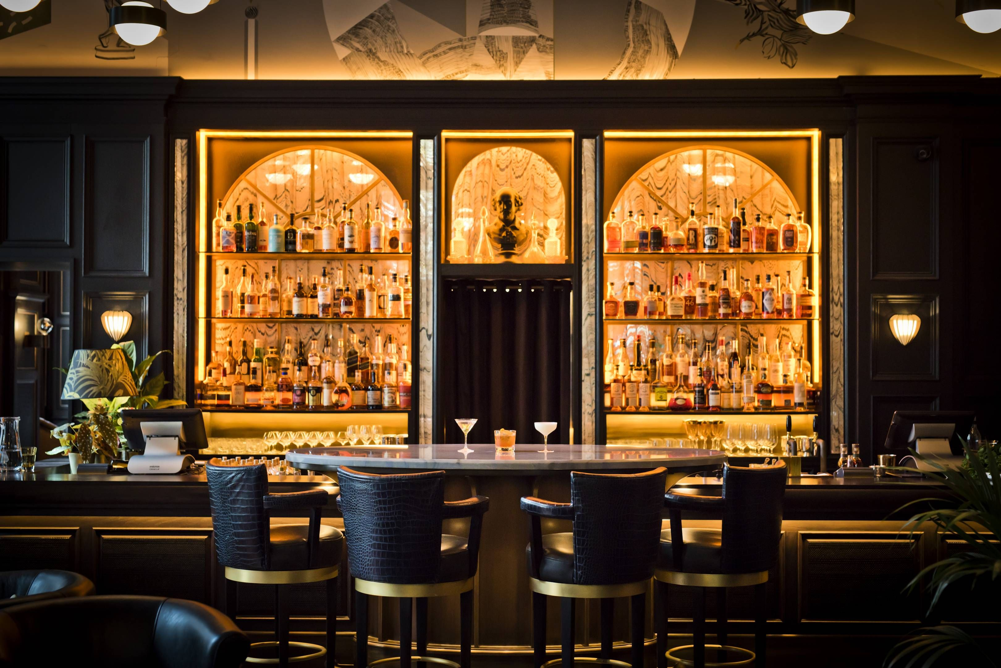 The 50 best bars in London for cocktails | Cool bars, Bar ...
