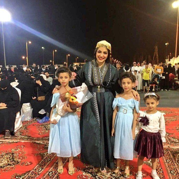 جنسية اميرة العباس ويكيبيديا اليمن الغد Fashion Crown Crown Jewelry