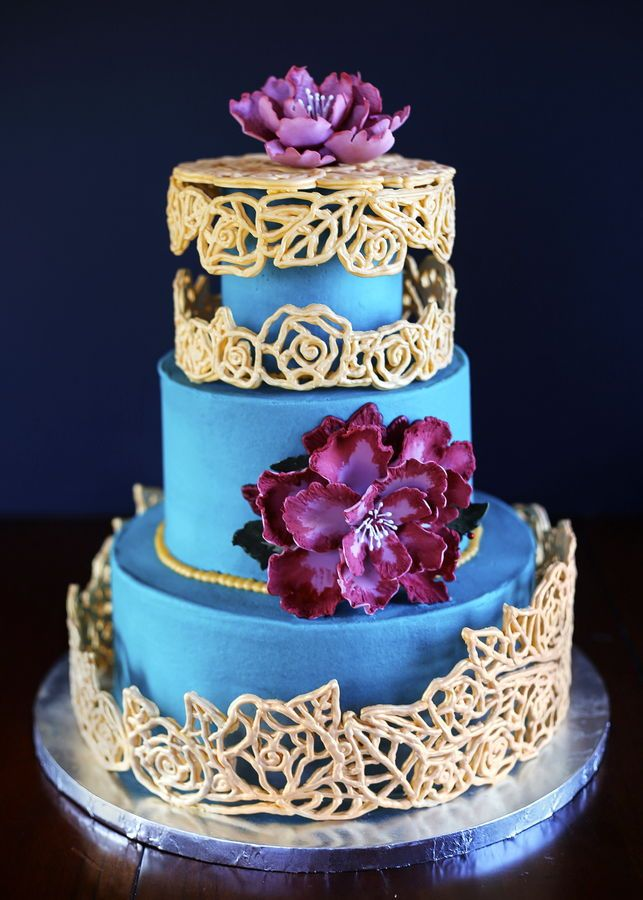 how to make a 3 tier cake with buttercream icing