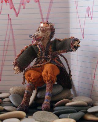 Janet Brandt: El Príncipe Dragón, muñeca Stumpwork