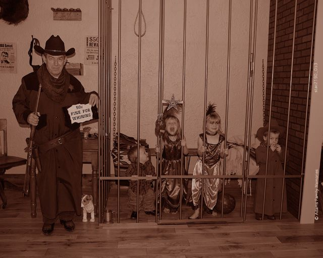 western jail pictures | Old West Jail
