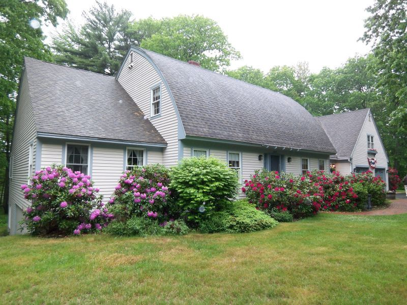Lovely BowRoof Cape Kennebunkport, ME, 04046 820,000