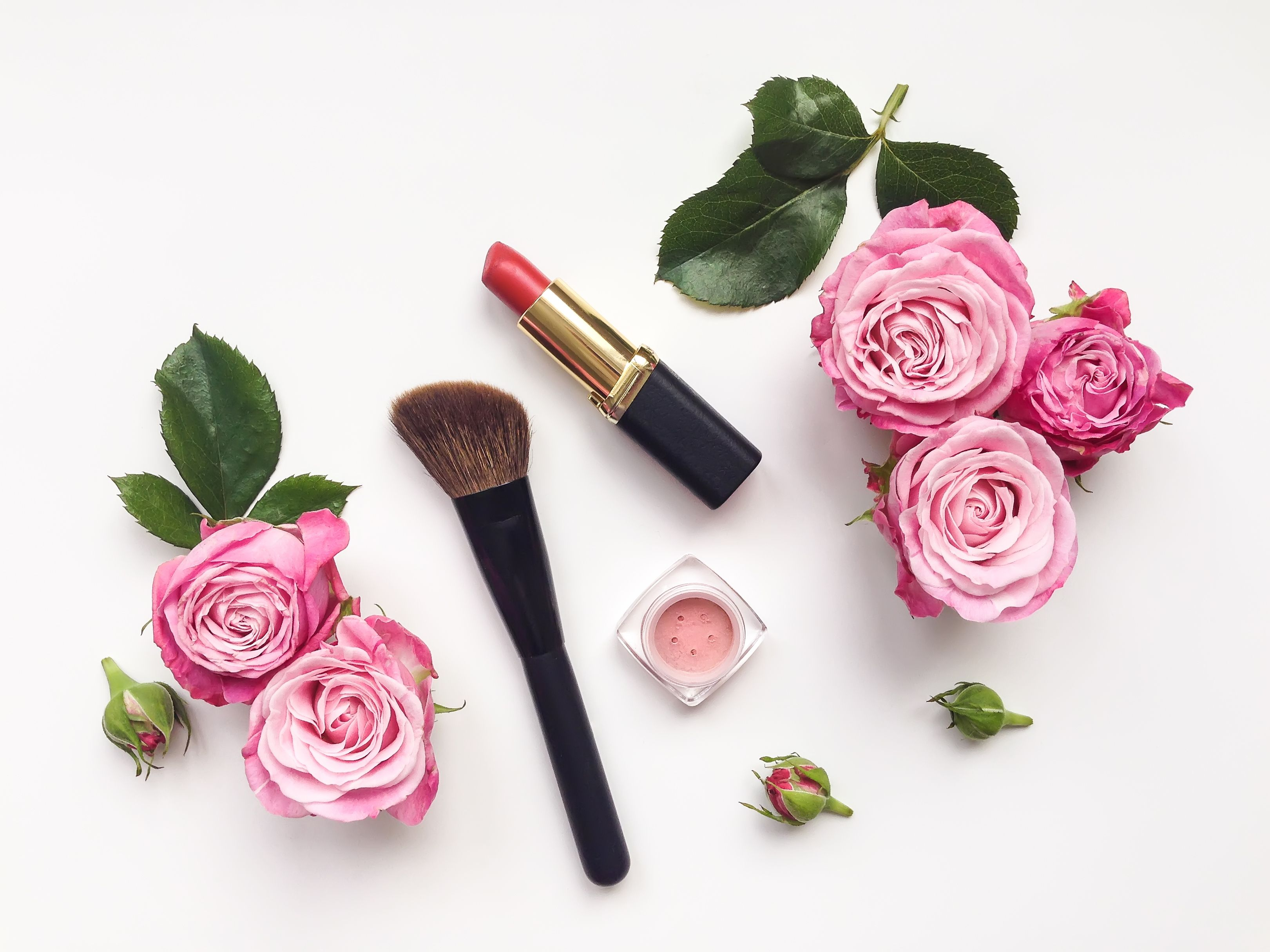 Find gorgeous spring makeup collections inspired by roses ...