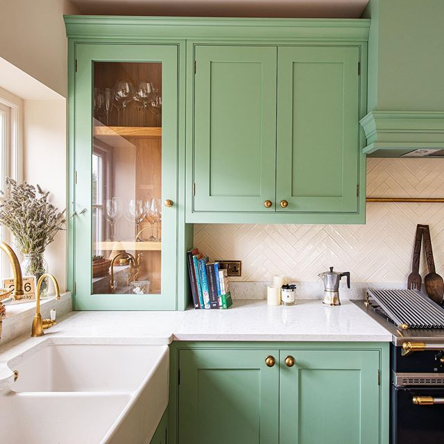 Kitchen Design Kent: Ohh How We Love This Green Kitchen For A Lovely Family In