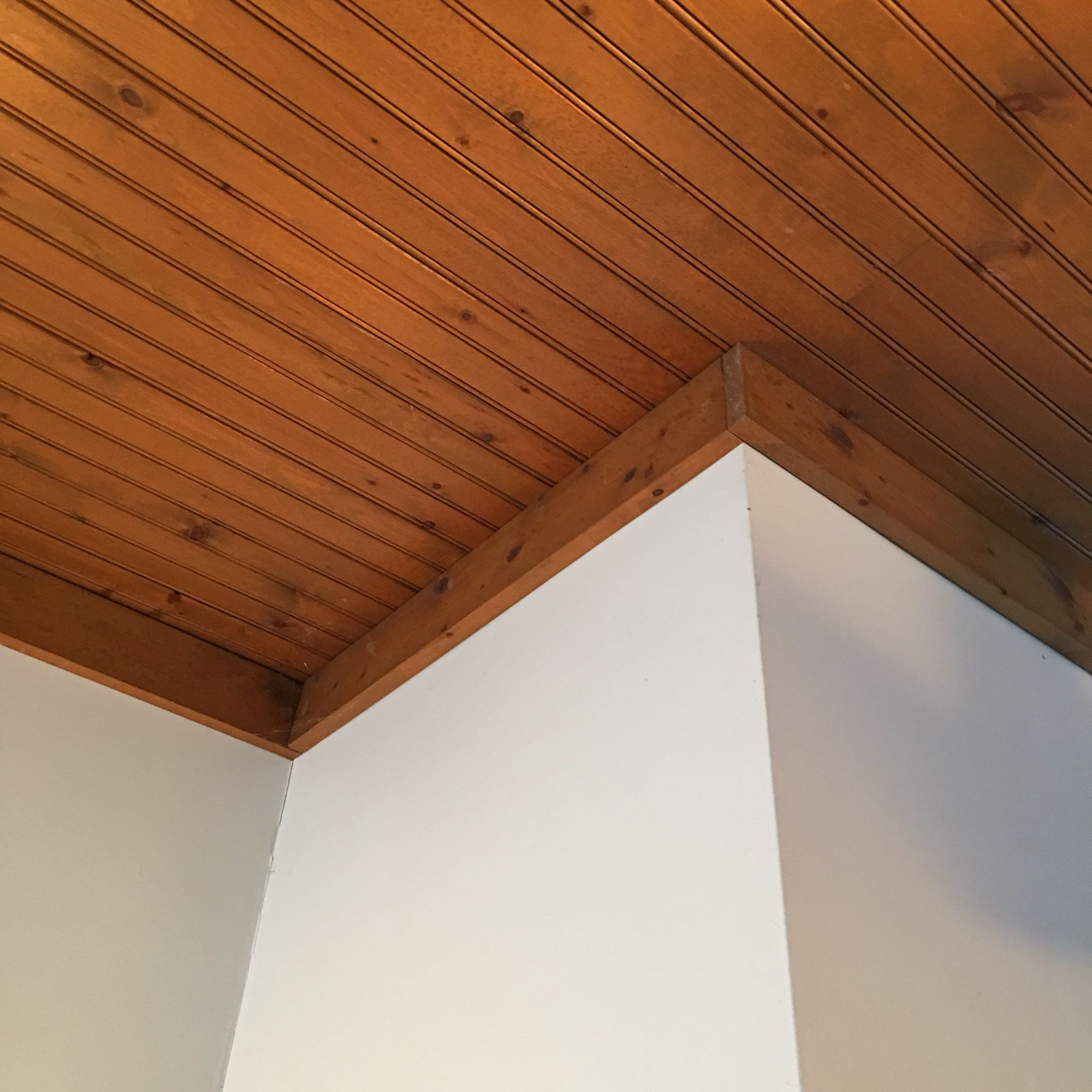 Knotty Pine Bead Board Ceiling